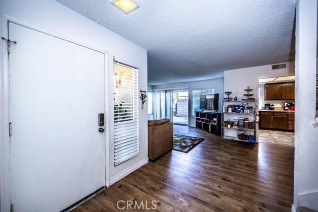 3447 W Park Balboa Avenue, Orange CA: http://media.crmls.org/medias/7ce3bb37-91a2-4804-972d-de742499c4a8.jpg