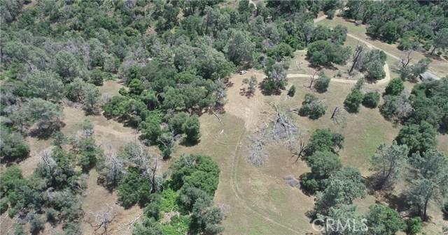 80 Lookout Mountain Road, Mariposa CA: http://media.crmls.org/medias/7ce838d8-286f-413c-b752-d049bce35963.jpg