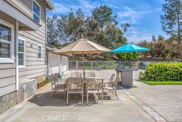 30617 Country Club Drive, Redlands CA: http://media.crmls.org/medias/7cec761f-ac98-4d29-9a1e-c0044da90538.jpg