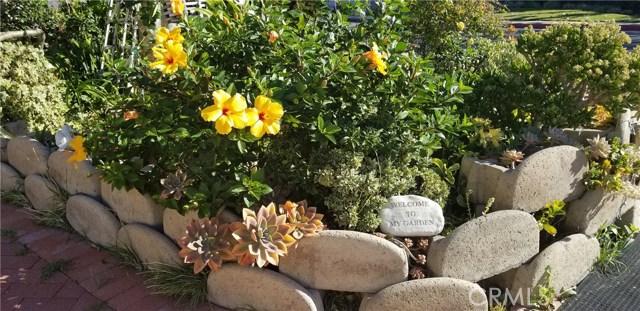 2431 Santa Ana Avenue Costa Mesa, CA 92627 - MLS #: OC17274217