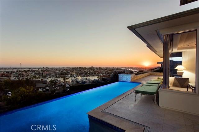 Single Family Home for Sale at 1535 Dolphin Corona Del Mar, California 92625 United States