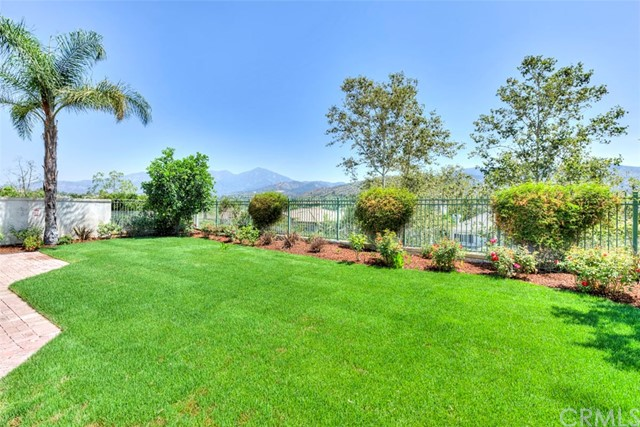 30 Thorn Oak, Rancho Santa Margarita, CA 92679