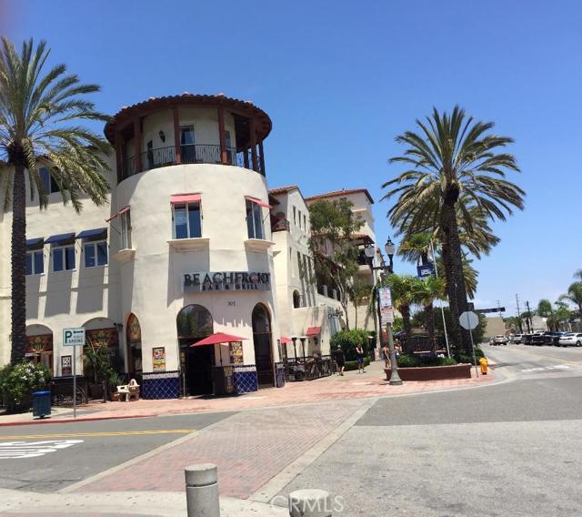Condominium for Rent at 388 5th St Huntington Beach, California 92648 United States