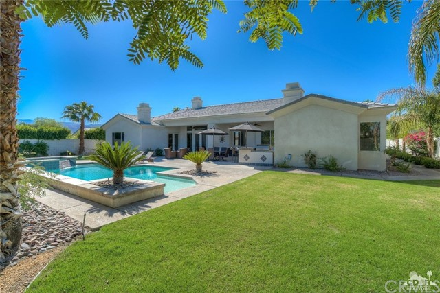 8 Curie Court Rancho Mirage, CA 92270 is listed for sale as MLS Listing 216030630DA