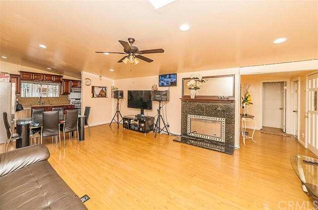9592 Crestwood Lane Anaheim, CA 92804 - MLS #: PW18142849