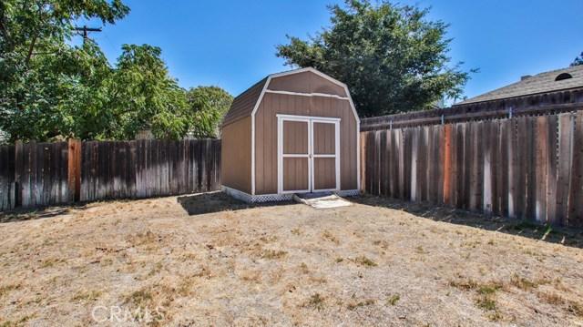 8944 Haskell Street, Riverside CA: http://media.crmls.org/medias/7d2bf4ce-f751-4801-8747-3986f9de703f.jpg