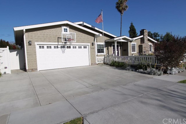 Single Family Home for Rent at 3030 Ceylon St Costa Mesa, California 92626 United States