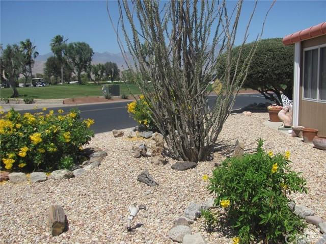 38934 Desert Greens Drive, Palm Desert CA: http://media.crmls.org/medias/7d35bc46-65c4-4765-a010-b44f4338d04e.jpg