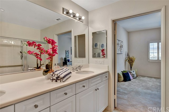 17772 Independence Lane, Fountain Valley CA: http://media.crmls.org/medias/7d36d208-8a0f-427b-ac4d-9dd1f88905f6.jpg