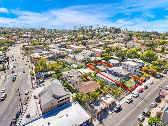 1042 Hyperion Avenue, Los Angeles CA: http://media.crmls.org/medias/7d39e87a-13e5-460c-9893-3c8268558ba0.jpg