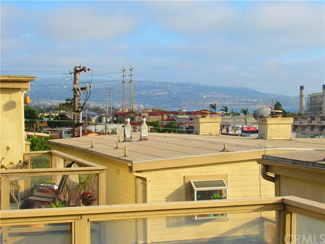 833 5th Street 7  Hermosa Beach CA 90254