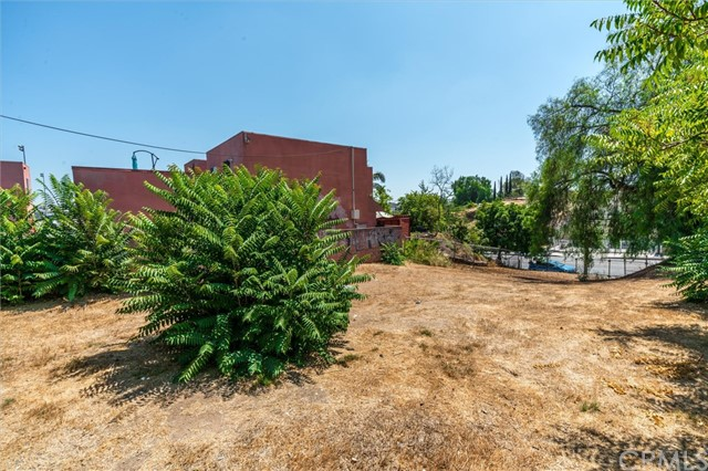 4033 E Cesar E Chavez Avenue, East Los Angeles CA: http://media.crmls.org/medias/7d406249-ca69-48e3-9440-548ede02325d.jpg