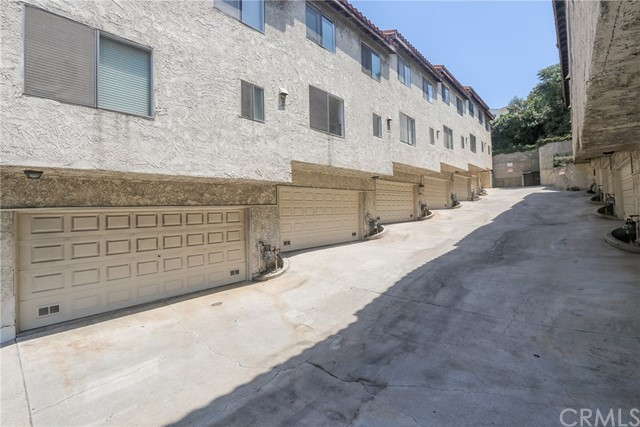444 S Garfield Avenue, Monterey Park CA: http://media.crmls.org/medias/7d4a0366-aa98-4141-890a-8f1a7d410896.jpg
