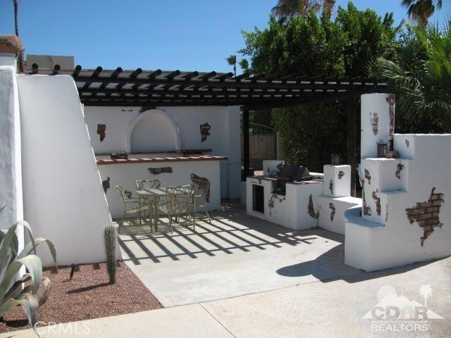 1420 Rosarito Way, Palm Springs CA: http://media.crmls.org/medias/7d5c1fbf-7609-452b-af11-7f7cb6fccd3f.jpg
