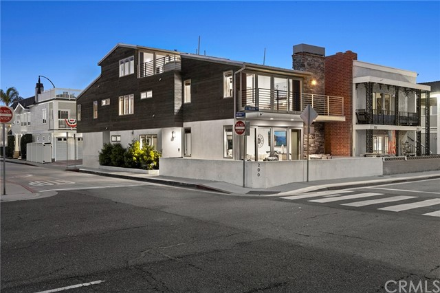 200 Balboa Boulevard, Newport Beach, California 92661, ,Residential Income,For Sale,Balboa,NP21191782