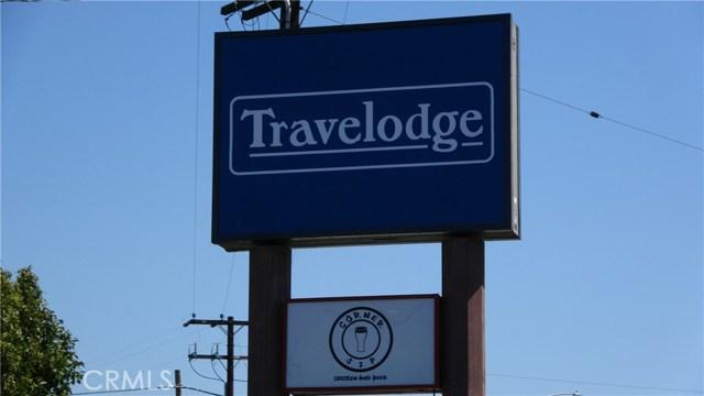 独户住宅 为 销售 在 6532 Auto Center Drive Buena Park, 加利福尼亚州 90621 美国