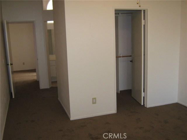 884 Olympic Avenue, Banning CA: http://media.crmls.org/medias/7d6ad18a-873d-4d3f-8269-40b39a4ed9ec.jpg