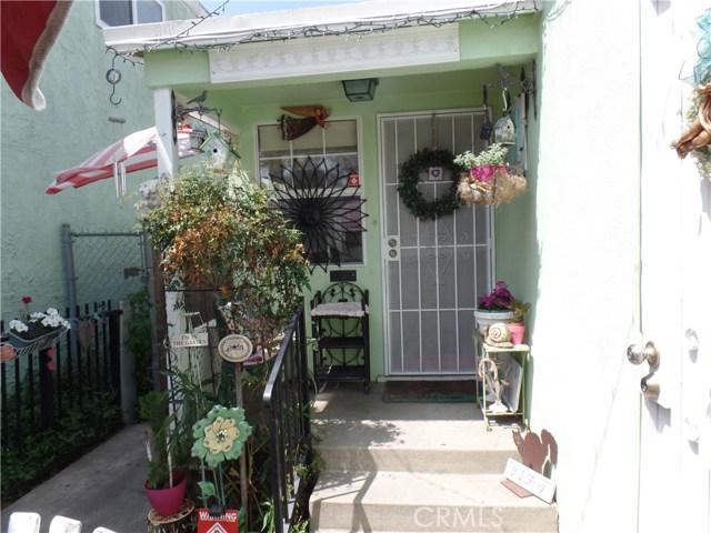 233 E 51st St, Long Beach, CA 90805 Photo 2