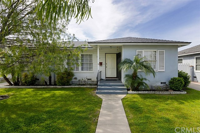 Single Family Home for Sale at 5612 Wardlow Road E Long Beach, California 90808 United States