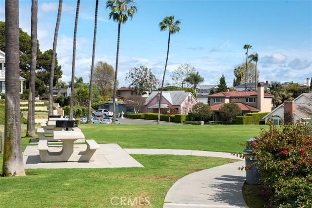 Photo of  Newport Beach, CA 92663 MLS PW18057356