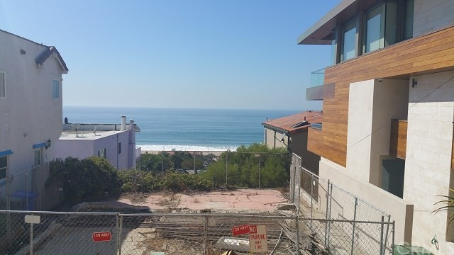 Land for Sale at 2613 Crest Drive 2613 Crest Drive Manhattan Beach, California 90266 United States