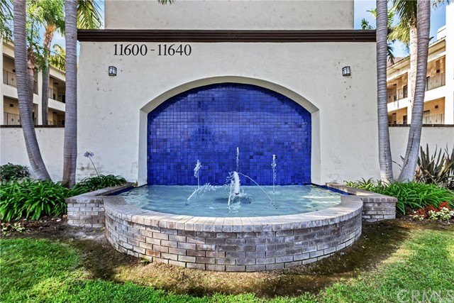 11600 Warner Avenue, Fountain Valley CA: http://media.crmls.org/medias/7d9ca55a-fcc3-4454-a306-6e490da4b898.jpg