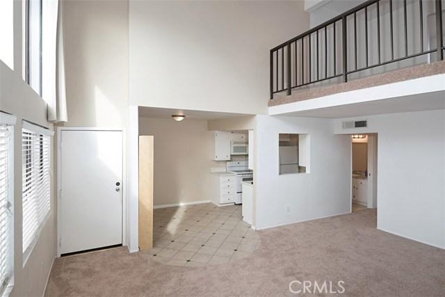 303 9th Street 26, Santa Ana, CA, 92701