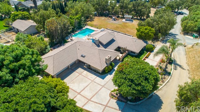 20410  Amapola Avenue, Orange, California