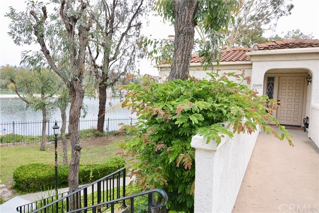 22498 Formentor 12 Mission Viejo, CA 92692 is listed for sale as MLS Listing OC17127305