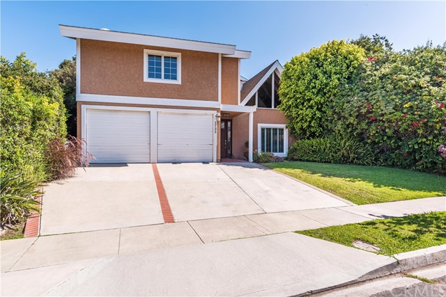 Photo of 1725 Crestview Avenue, Seal Beach, CA 90740