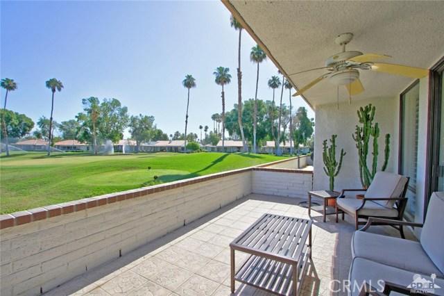 140 Avenida Las Palmas, Rancho Mirage CA: http://media.crmls.org/medias/7ddcb424-4cd9-4ffa-90e6-343a977387e0.jpg