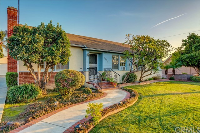 Detail Gallery Image 1 of 29 For 6422 Glengarry Ave, Whittier,  CA 90606 - 3 Beds | 2 Baths