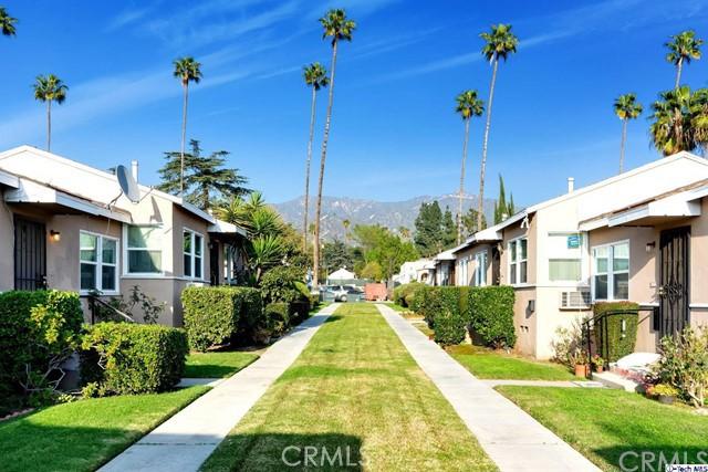 1404 1408 5th Street, Glendale CA: http://media.crmls.org/medias/7de811a2-67aa-4922-a148-59e8a158a6ae.jpg