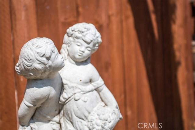 7444 Webster St, Highland CA: http://media.crmls.org/medias/7dea6ee2-de88-4bce-a967-dbbfbb17208e.jpg