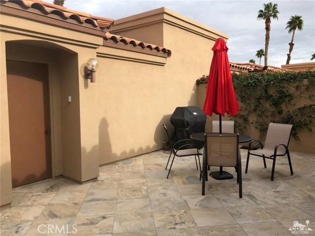 38635 Dahlia Way, Palm Desert CA: http://media.crmls.org/medias/7df2628f-ee8e-4a69-a859-9e5e68fb3b33.jpg