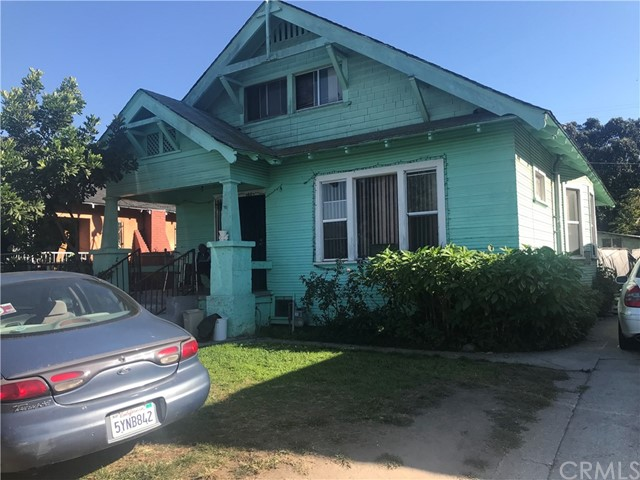Single Family Home for Sale at 160 W 48th Street 160 W 48th Street Los Angeles, California 90037 United States