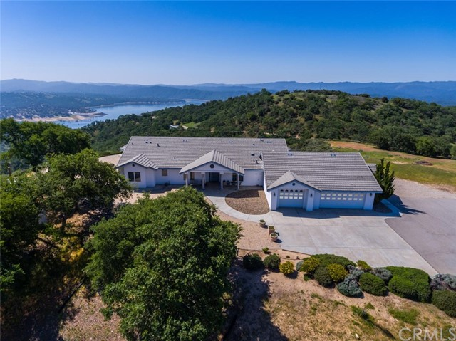 1011  Skylar Lane, Paso Robles, California