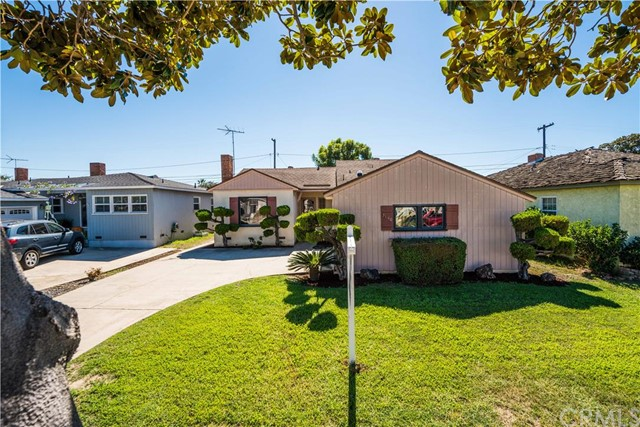 $649,900 - 3Br/2Ba -  for Sale in Torrance