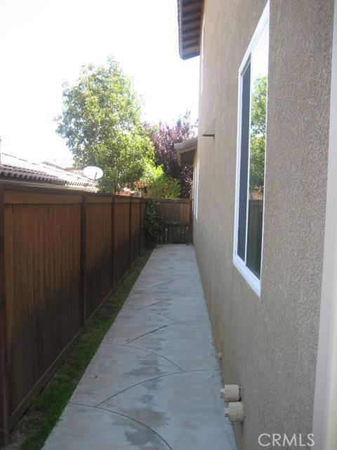 33897 Flora Springs St, Temecula, CA 92592 Photo 12