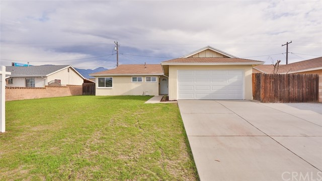 Detail Gallery Image 1 of 25 For 1513 E Fresno St, Ontario,  CA 91764 - 4 Beds   2 Baths