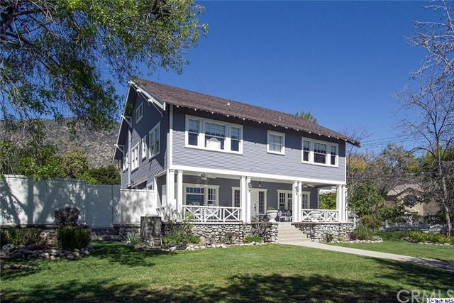 Single Family Home for Sale at 119 Grandview Avenue W Sierra Madre, California 91024 United States