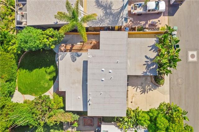 954 Miramar Street, Laguna Beach CA: http://media.crmls.org/medias/7e22ae67-7fa6-4f08-8405-816bb9da94e8.jpg