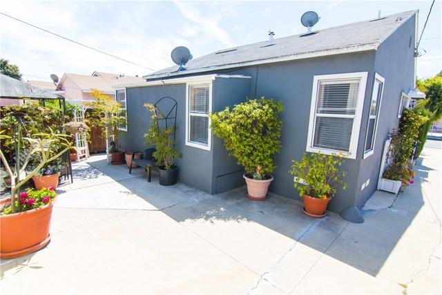 621 W PLUM Street, Compton CA: http://media.crmls.org/medias/7e2b8e86-7777-4800-8244-a2c62153cfba.jpg