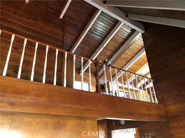 1405 Sequoia Drive Lake Arrowhead, CA 92352 - MLS #: EV18285571