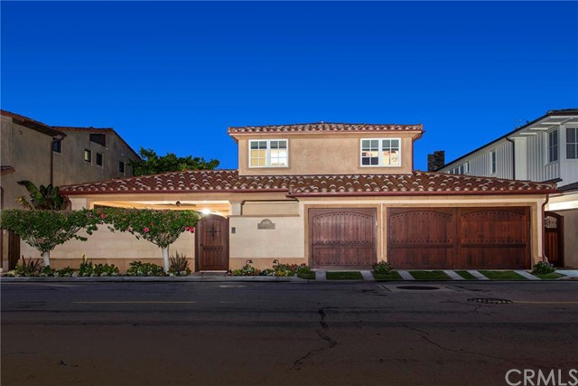 Single Family Home for Sale at 808 Via Lido Nord St Newport Beach, California 92663 United States