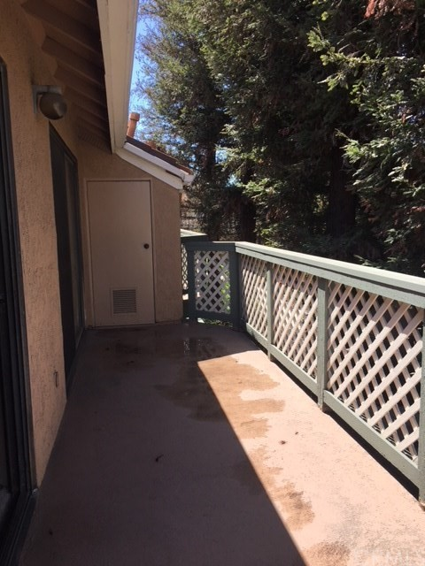 3599 W Greentree Cr, Anaheim, CA 92804 Photo 14