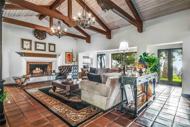 Photo of 1 Wrangler Road, Rolling Hills, CA 90274