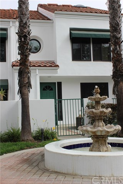 19562 Pompano Lane 111 Huntington Beach, CA 92648 is listed for sale as MLS Listing OC16192584