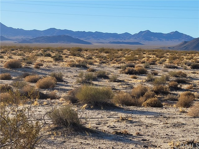 Detail Gallery Image 1 of 17 For 0 Coyote Lake Rd, Barstow,  CA 92311 - – Beds | – Baths