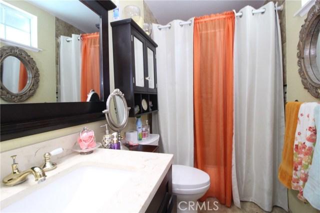 800 San Carlo Avenue, San Bernardino CA: http://media.crmls.org/medias/7e641485-54d0-4d41-ba25-008788b4e161.jpg